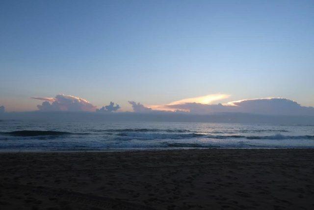 Sunrise Moffat Beach