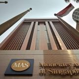 Глава Центрального банка Сингапура: криптовалютам не нужно регулирование