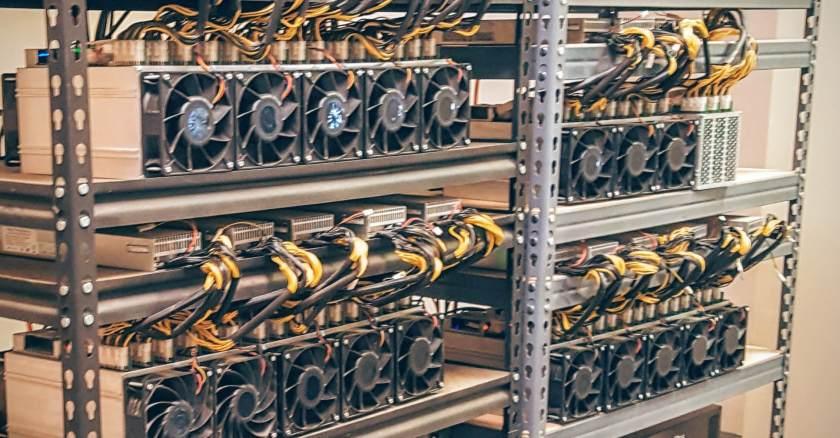 miners-on-rack-2.jpg