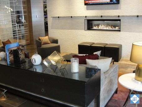 hp-denver-lobby-seating