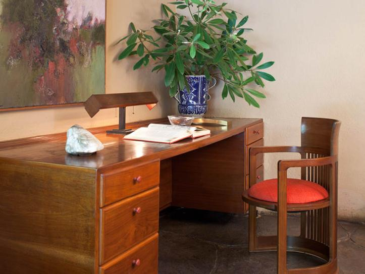 fallingwater desk and chair