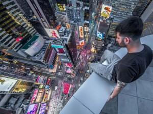 24 heures en images - Times Square vu par le stégophile Edward Rafalovitch,