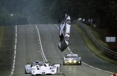 《衝撃》歴史上最悪のレース事故がヤバい…ル・マン24時間クラッシュ映像Top3