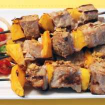 Seared Tuna and Mango Kabobs 1 | 2CookinMamas