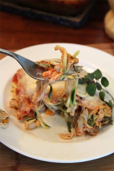 Italian Chicken Noodle Casserole bite | 2CookinMamas