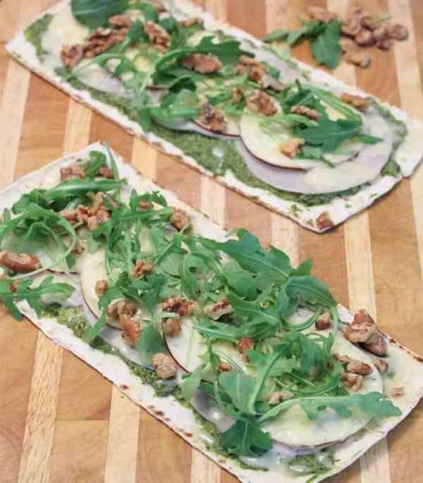 Turkey Apple Walnut Flatbread 6|2CookinMamas