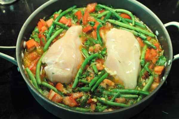 Chicken and Green Beans 670 | 2CookinMamas