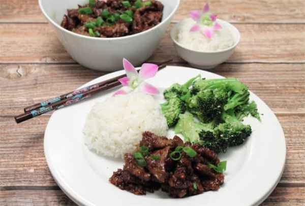 PF Changs Mongolian Beef served 1 | 2CookinMamas