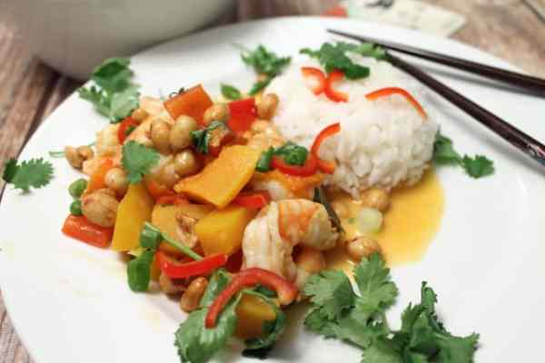 Shrimp Panang Curry plated|2CookinMamas