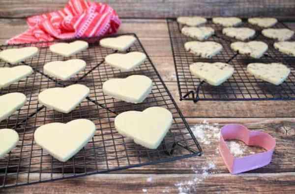 Sweet Heart Cookies cooling|2CookinMamas