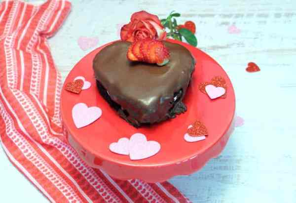 Chocolate Lovers Cake 700| 2CookinMamas