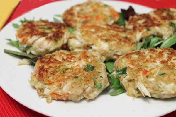Crab Cakes closeup|2CookinMamas