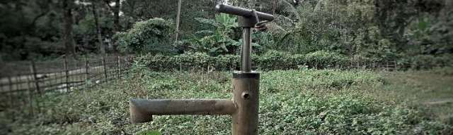 Well Hand Pump Kits: Best Emergency Device Money Can Buy