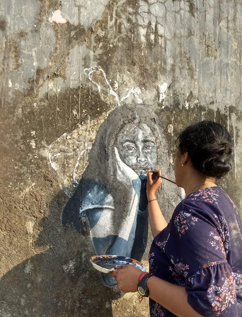 Artist Girija Hariharan