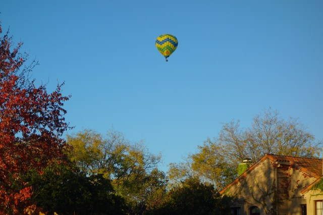 Hot air balloon rising over Vintner's Inn. Santa Rosa, Ca