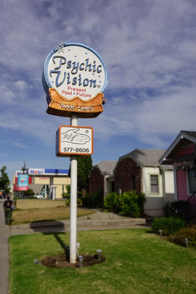 Psychic Reader sign on Colorado Boulevard in Pasadena, California