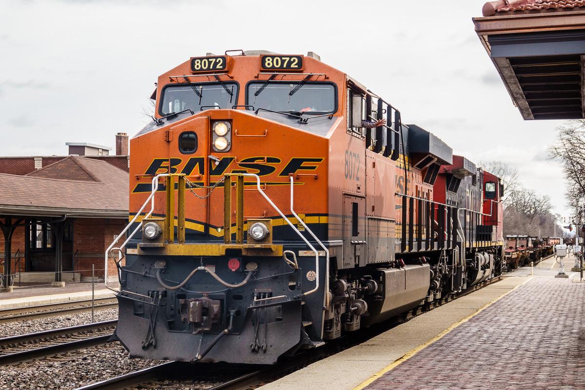 20180330 Riverside Trains DSC-RX10M4 _HWT0912-2