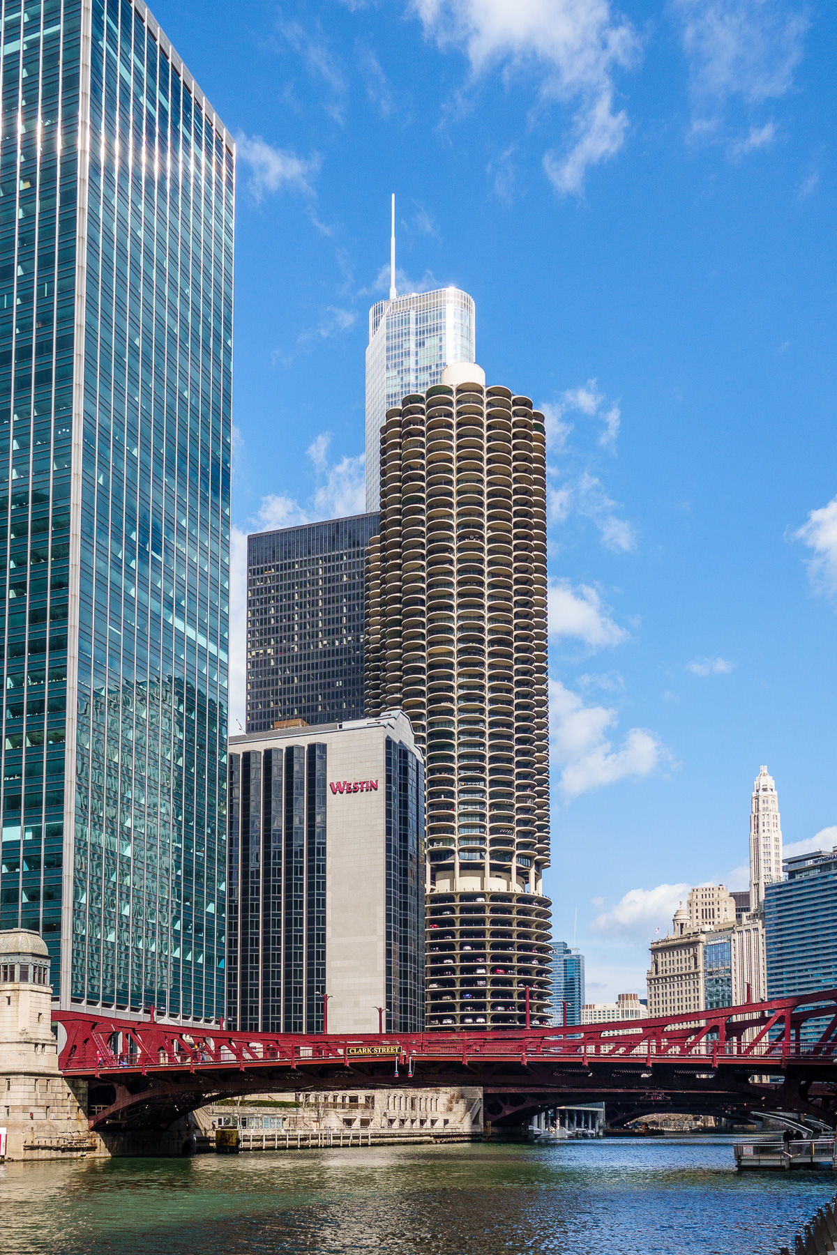 20180331 Saturday Afternoon in Chicago DSC-RX10M4 _HWT1053