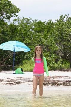 Signe på stranden
