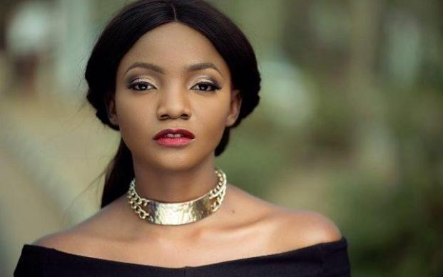 Popular Nigerian singer, Simisola Ogunleye a.k.a Simi as expressed concern over the plight of women attaining their optimum goals especially in decision making processes.