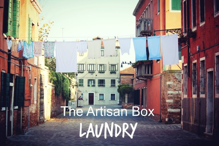 GlobeIn laundry box