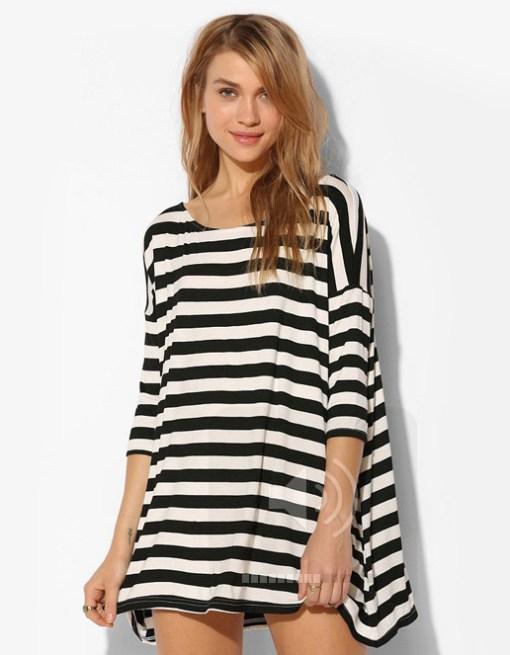 Black/whtie striped long sleevet shirt