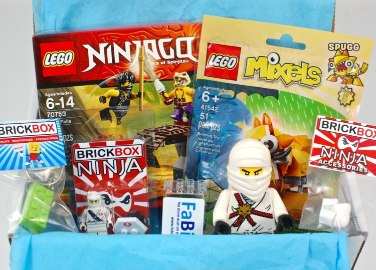 BRICKBOX September 2015 Brick/Lego Subscription Box Review