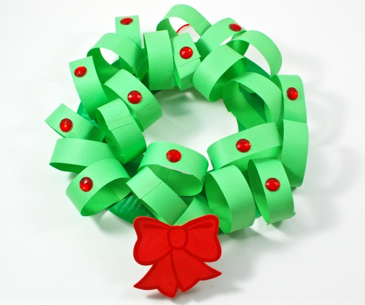 paper wreath craft