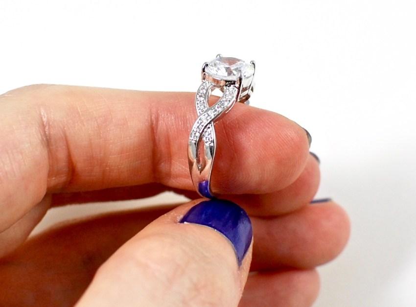 Jewel Reveal ring