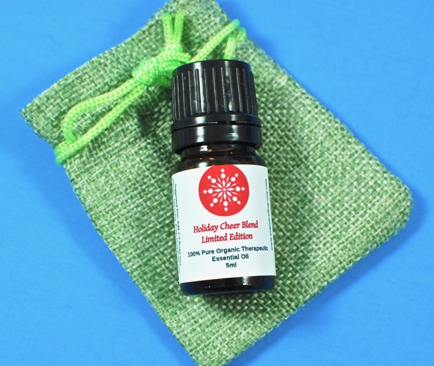 Yoganics holiday cheer oil