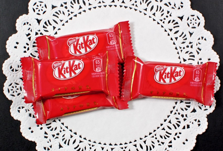 strawberry kit kat