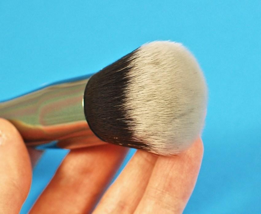 Morphe G36 round powder