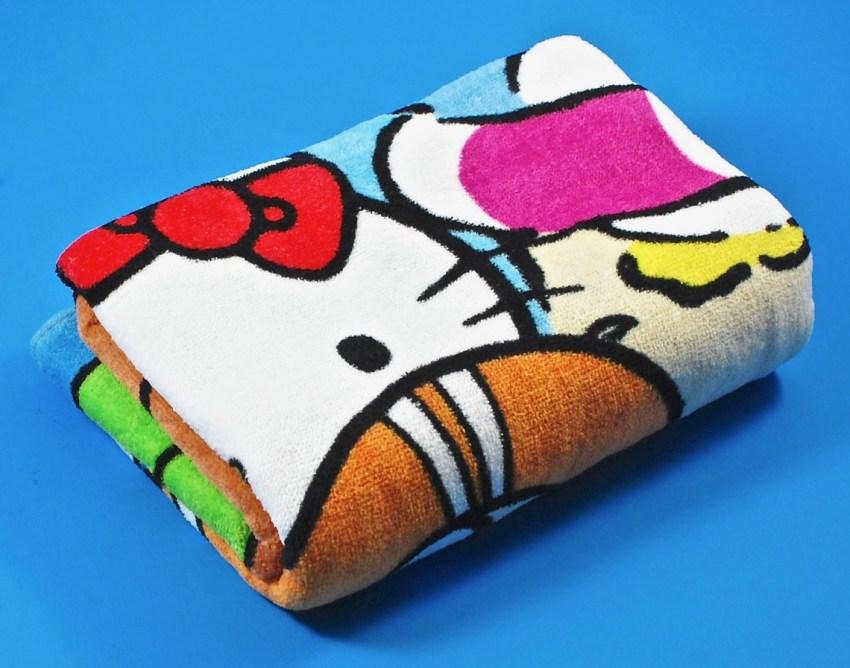 Hello Kitty sanrio crate towel