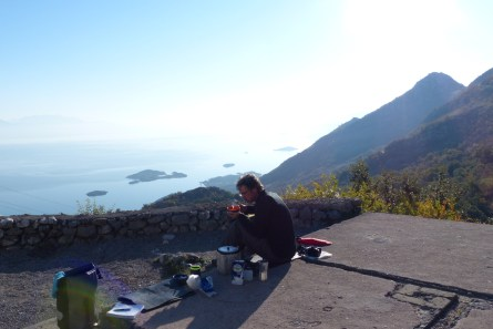 Breakfast in the sun at the Duravci school.