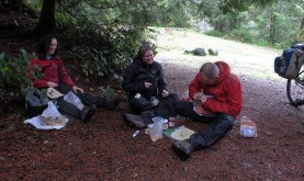Lunch at Lizard Lake.