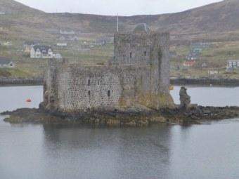 The castle at Castlebay.