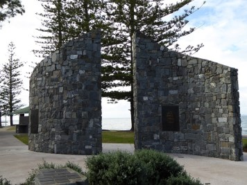 Memorial to the first Redcliffe inhabitants, convicts, soldiers and their families.