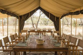 africa-serengeti-_safari_camp-_dinner_table_0
