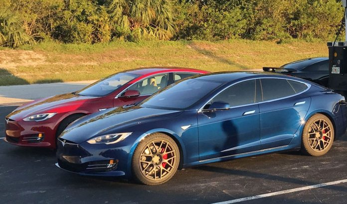 Tesla Model S P100d Sets New And Insane Record