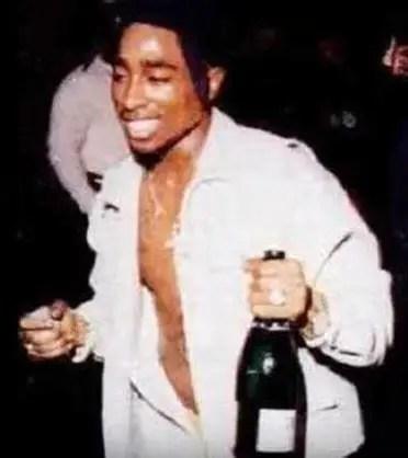 Tupac Live at Trafalgar Square N.Y. (1993)