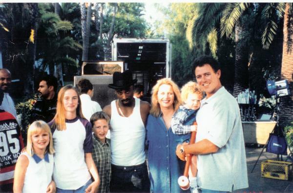 November 28, 1995 - Tupac & Dr  Dre Start To Filming