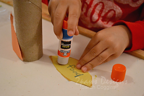 Thankful Turkey: gluing pieces