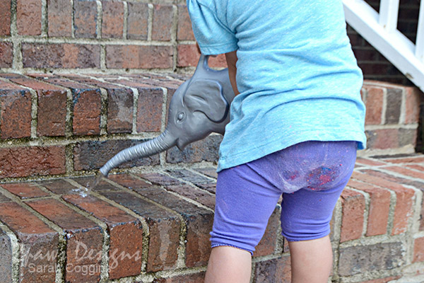 DIY Sidewalk Paint: Painting Fun