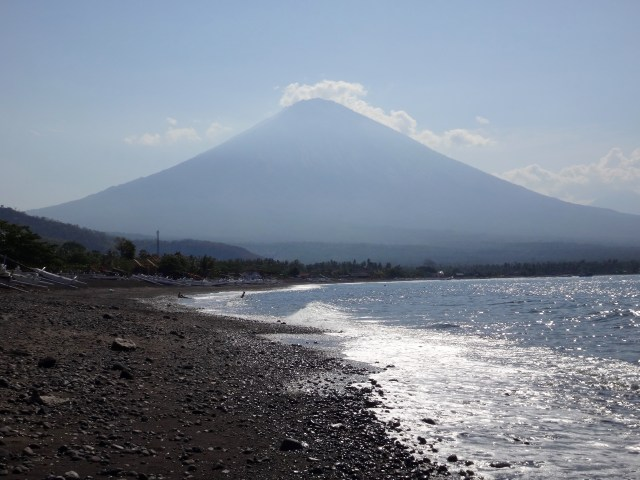 Mount Agung looking over Amed.