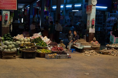 City market in Mandalay.