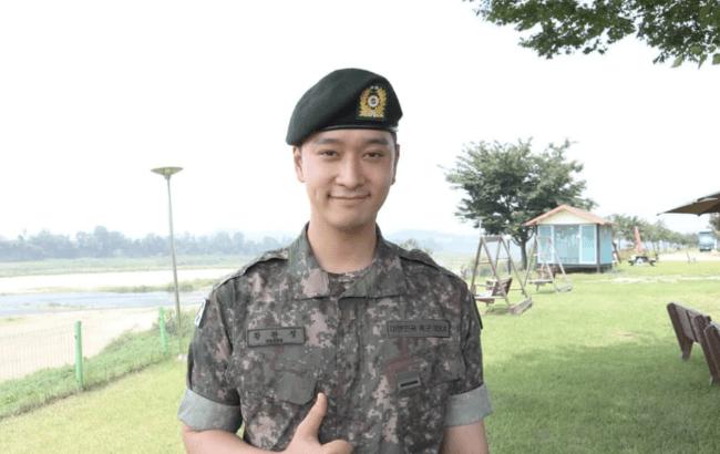 [TRANS] 2PM チャンソン、5師団助教になる..オクテギョンに続き助教軍服務