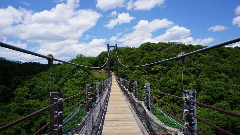 hoshidaenchi bridge