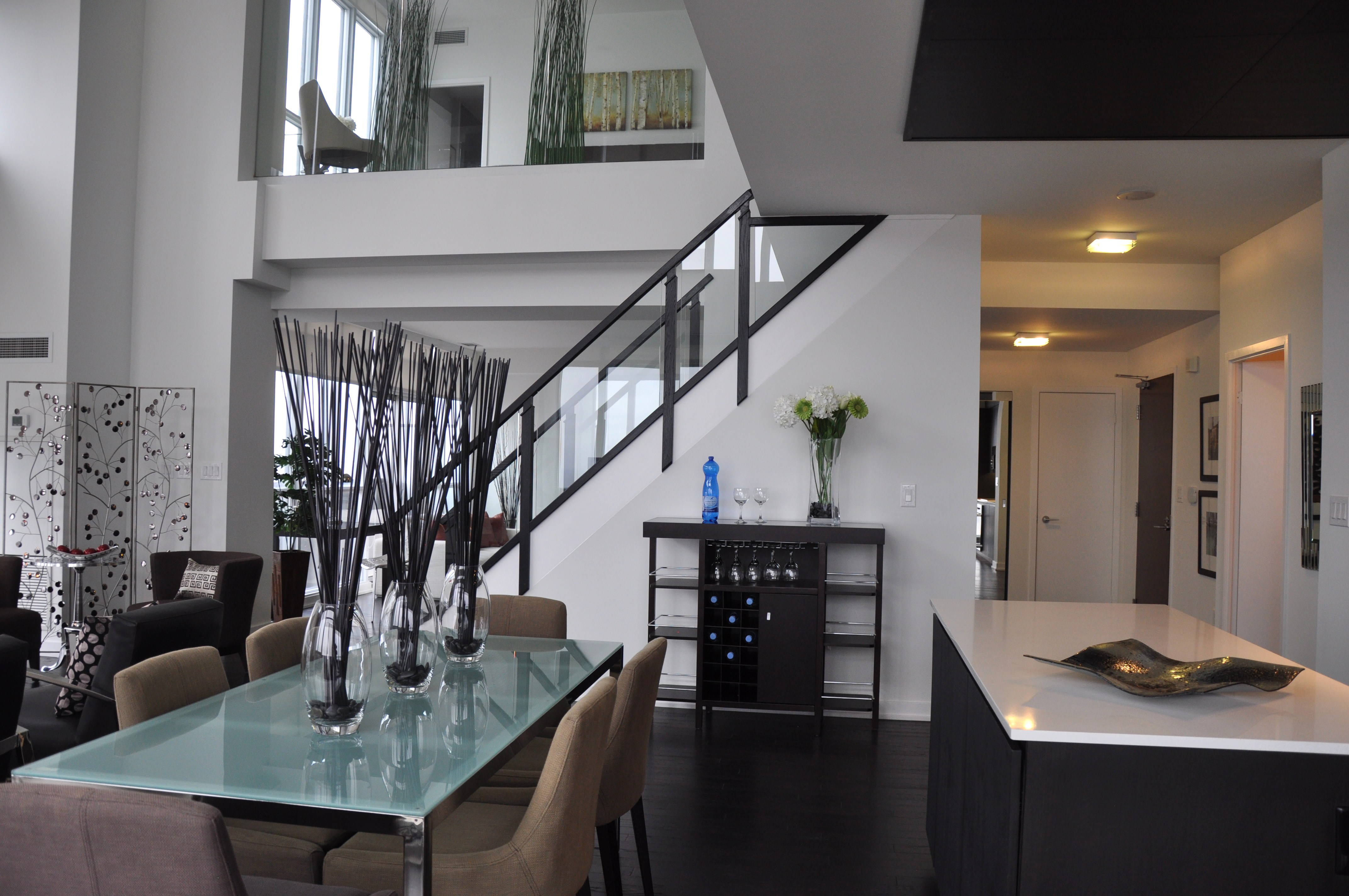 2 Sisters HomeStyling Toronto Markham Richmond Hill 2 Level Penthouse Condo