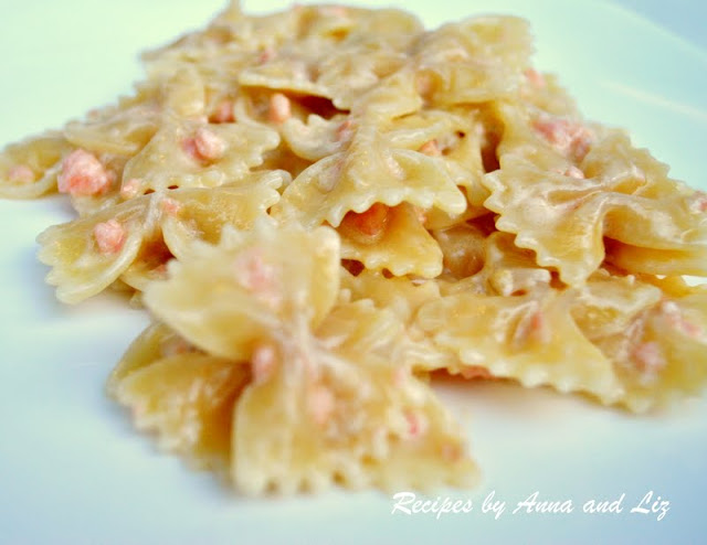 Pasta with Smoked Salmon in a Creamy Sauce by 2sistersrecipes.com