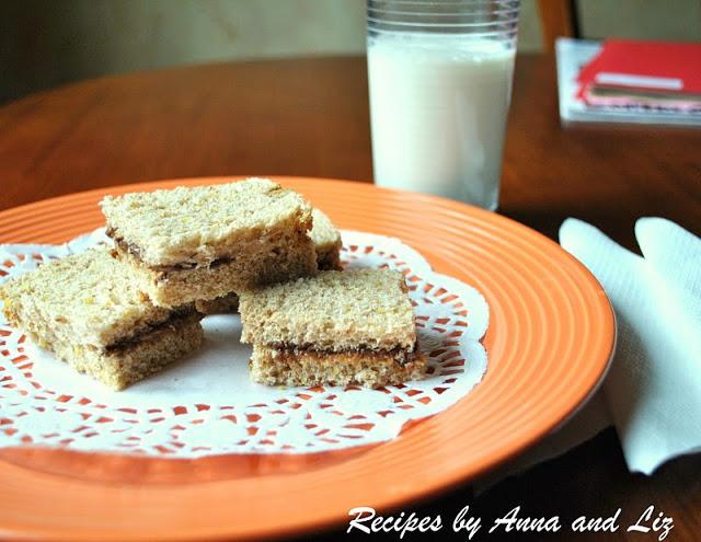 Mini Peanut Butter and Nutella Sandwiches by 2sistersrecipes.com